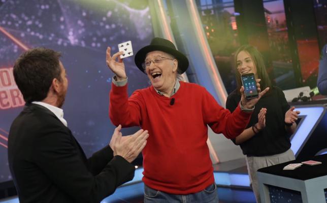 'El Hormiguero' reparte 6.000 euros entre su público con una simple canica