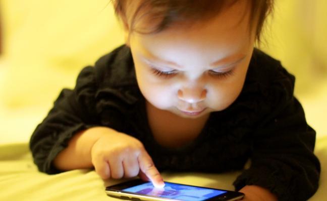 Un niño bloquea el iPhone de su madre para los próximos 48 años