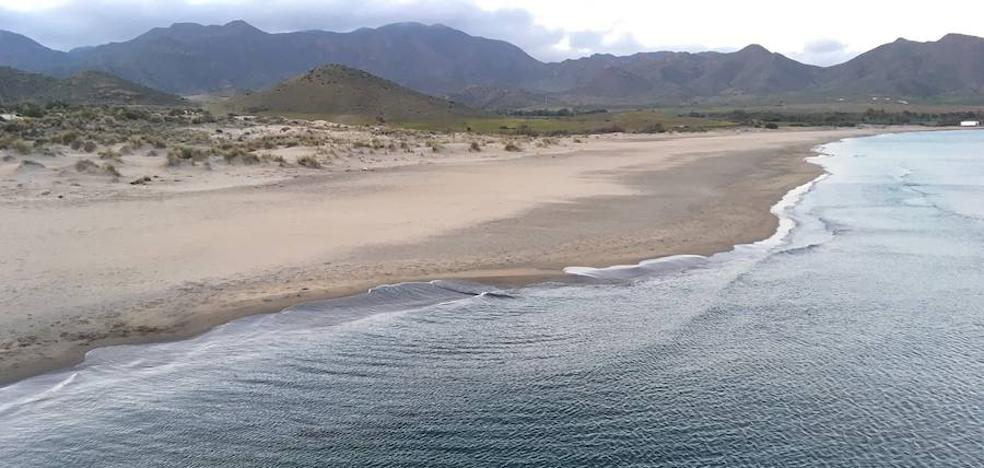 Una ruta por 'Los Genoveses' mostrará la historia y la geología del Parque Natural Cabo de Gata