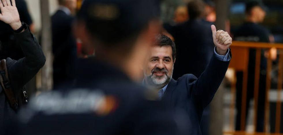 El acuerdo entre JxCat y ERC plantea una constitución catalana y una «multiconsulta»