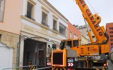 Denuncian que en una obra no se está respetando una fachada protegida en la calle Terriza