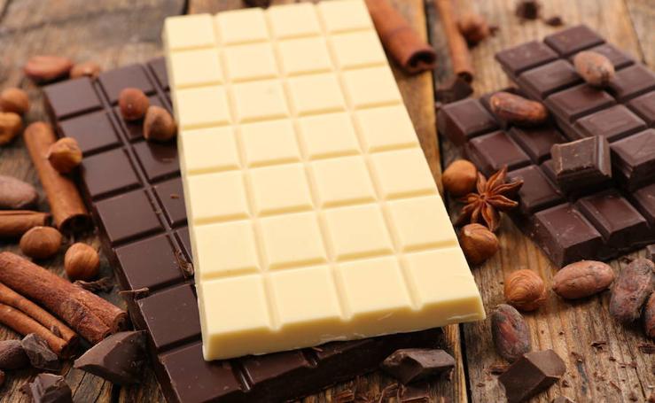 ¿Comer chocolate provoca granos?