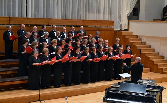 El II Festival de Coros de Granada ofrece a los granadinos el 'Carmina Burana'