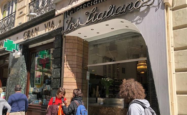 La heladería 'Los Italianos' de Granada abre sus puertas