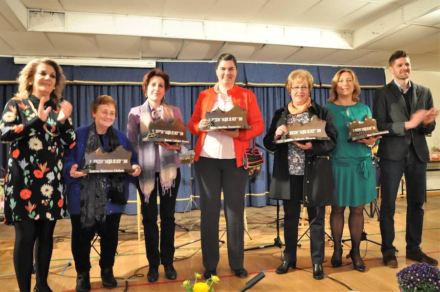 El Ayuntamiento de Lanjarón rinde homenaje a cinco mujeres