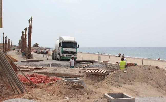 El Consistorio completa con 660.000 euros su aportación a las obras del paseo marítimo