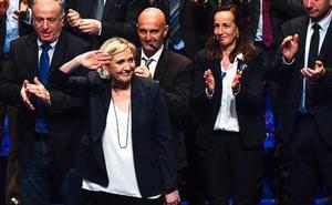 Marine Le Pen propone rebautizar el Frente Nacional tras renegar de su padre