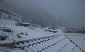Aviso amarillo este domingo por fuertes rachas de viento y por nieve en Jaén