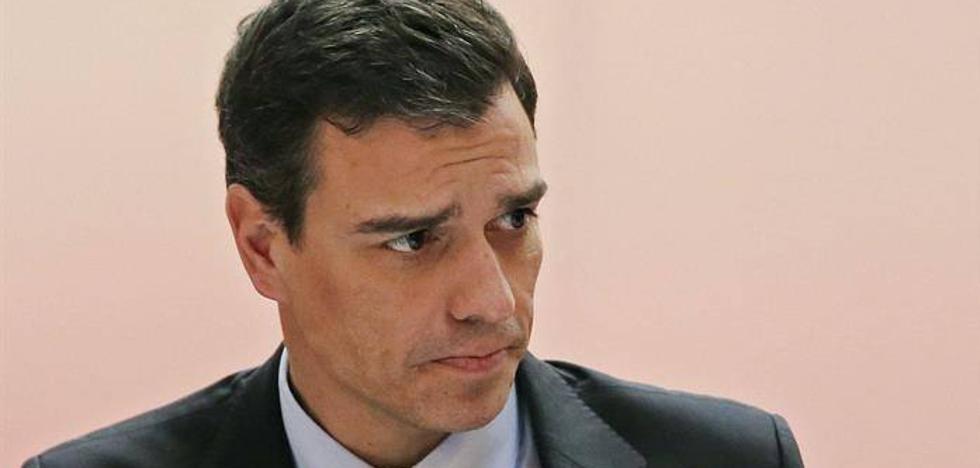 """Pedro Sánchez expresa su """"cariño"""" y """"dolor inmenso"""" a la familia de Gabriel"""