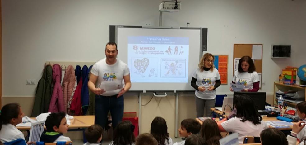 La 'Brigada Prevención' conciencia a los escolares sobre las enfermedades renales