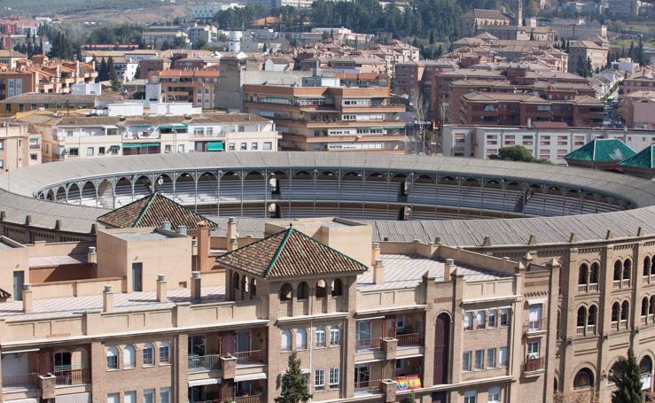 Granada a vista de pájaro: Desde la azotea del Virgen de las Nieves