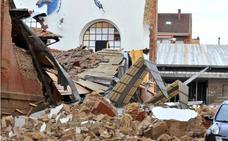 La Junta ofrece ayudas urgentes a los comerciantes del mercado de Linares