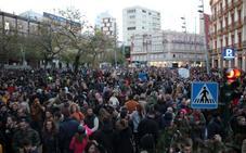 Jornada de duelo y concentraciones en Almería tras la muerte de Gabriel Cruz