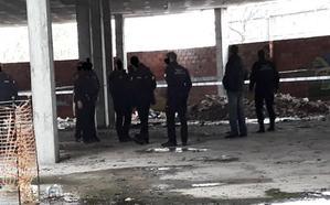 Encuentran a una mujer fallecida en un edificio abandonado frente a Correos de Granada