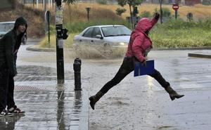 El contundente aviso de la AEMET: mucha más agua toda la semana en Granada