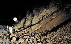 Deslizamiento en una carretera de la Alpujarra