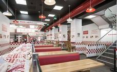 Ya hay fecha de apertura de la famosa hamburguesería 'Five Guys' en Granada. ¿Qué vamos a encontrar?
