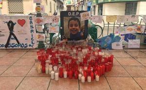Altar espontáneo en Bailén para recordar al pequeño Gabriel