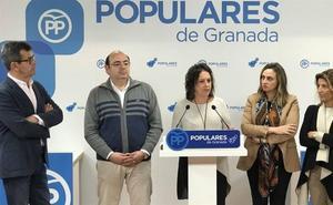 """El PP reprocha a la Junta que mantenga """"embalados desde hace 13 meses"""" dos de los aceleradores lineales donados por Amancio Ortega"""
