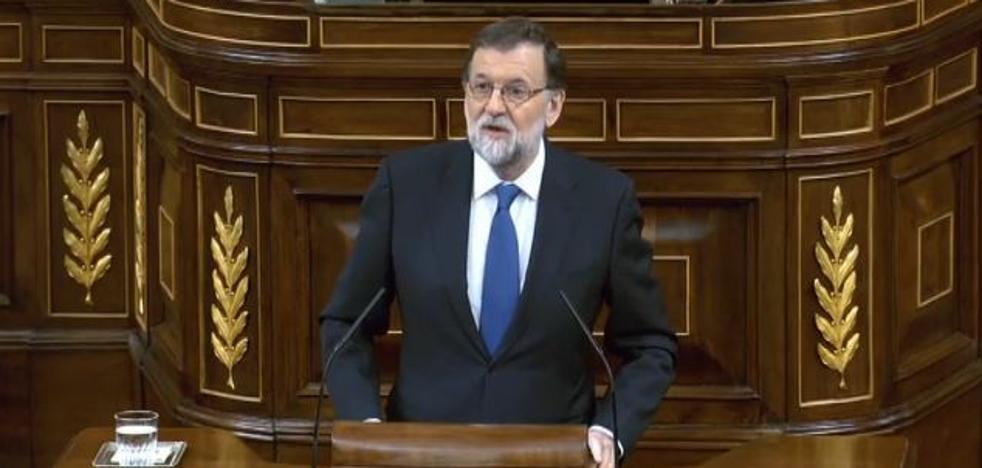 Rajoy recuerda a Gabriel en el Congreso