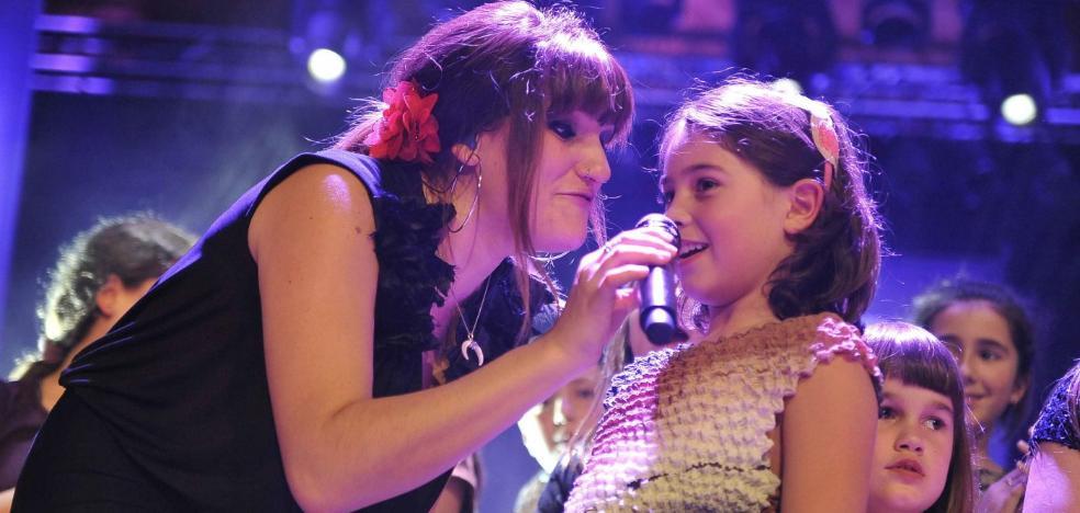 La cantante Rozalén hará parada en Linares el 6 de mayo dentro del FIMAE