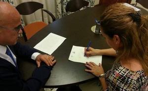 """El PSOE pide la dimisión de la presidenta del PP de Peligros por decir que las mujeres reciben """"prebendas"""" estatales"""