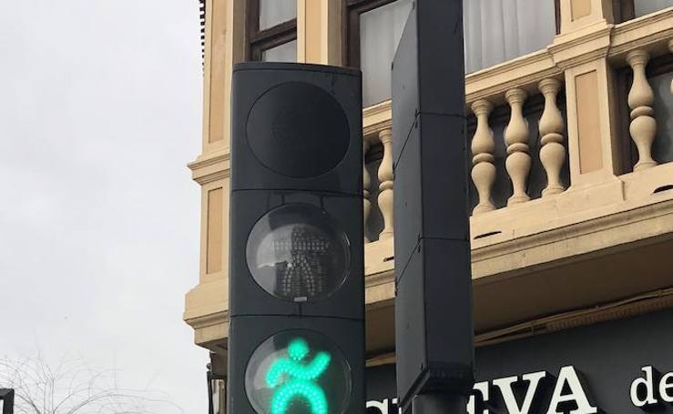 Los curiosos semáforos de Granada