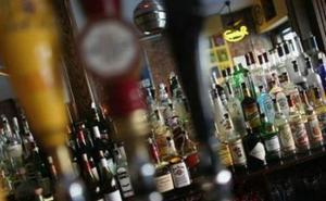 El dueño de un bar abusa de 5 mujeres a las que ofreció trabajo como camareras