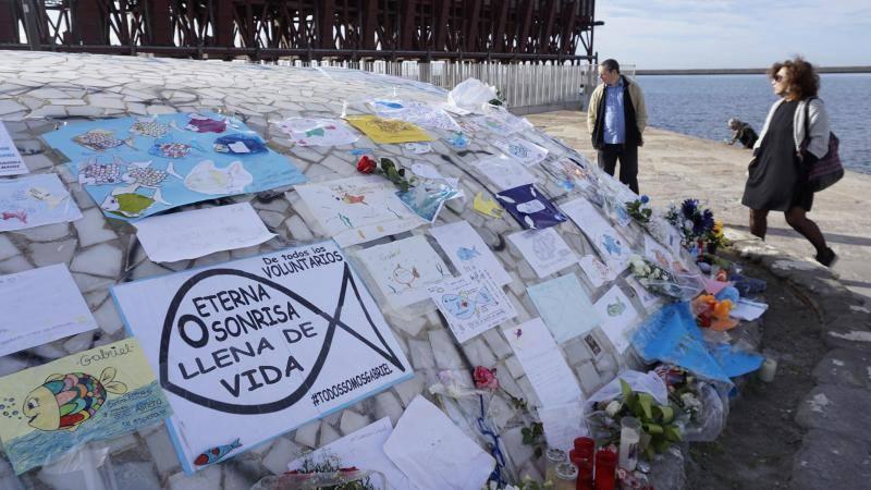Todo un país recuerda a Gabriel en 'La Ballena' de Almería