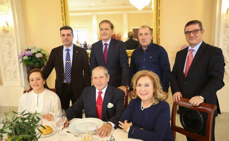 Florencio López celebra entre amigos su jubilación