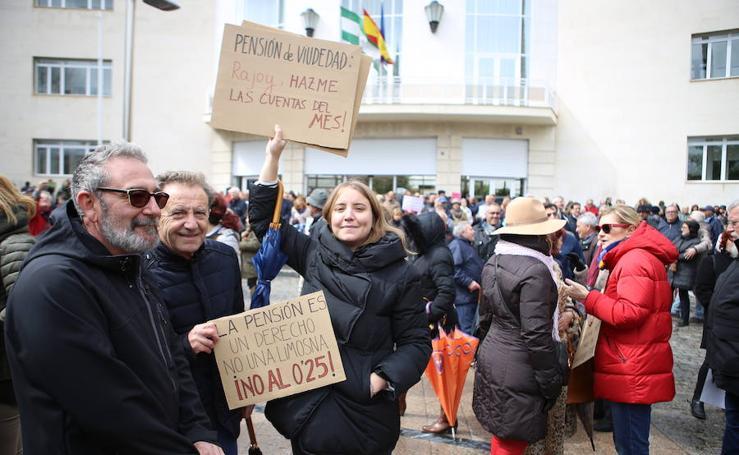 Los pensionistas desafían el mal tiempo en Jaén