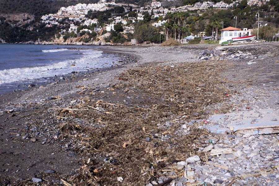 Efectos del temporal en la costa de Granada