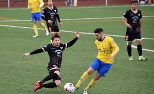 El Antequera se impone al Agroisa Huétor Tájar con un gol de Juanfre en el minuto 86