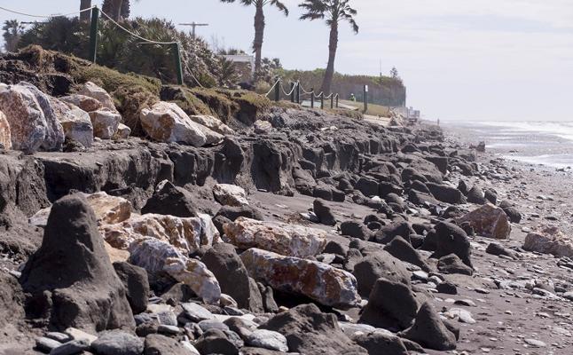 Playa Granada, peor que nunca