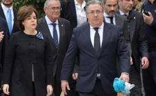 El emotivo gesto que tendrá el ministro Zoido con la bufanda del pequeño Gabriel