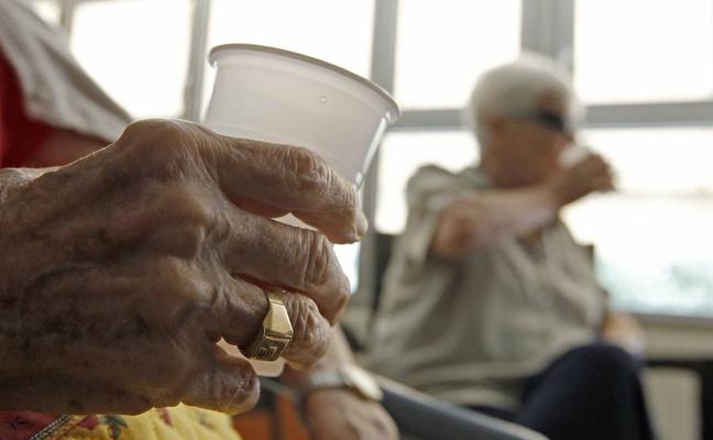 Más de 38.000 dependientes murieron en 2017 esperando la prestación