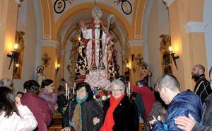 La imagen de San Blas bendito de Dúrcal regresa a su ermita tras haber permanecido en la iglesia desde su onomástica