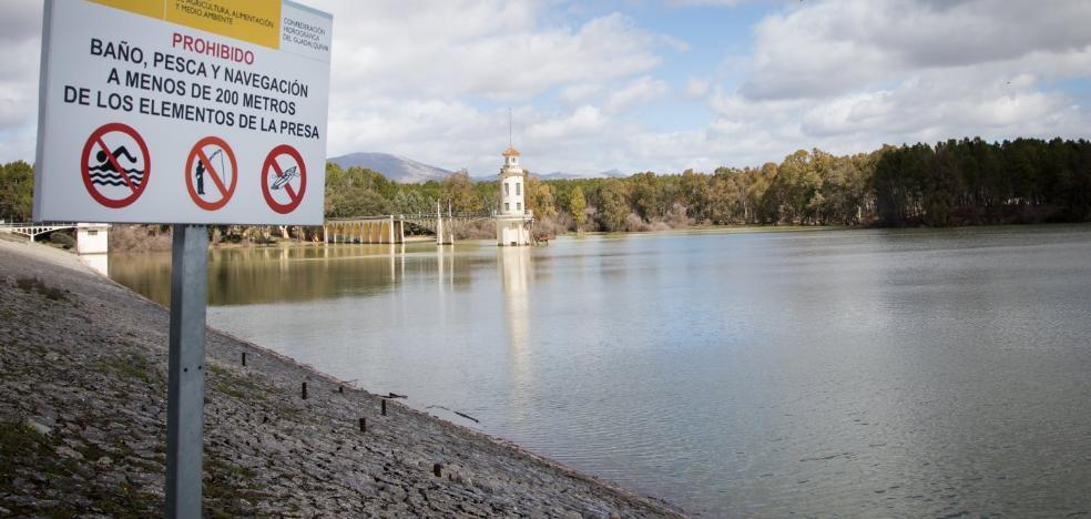 Los pantanos de Granada, al 44% después de tres semanas jarreando