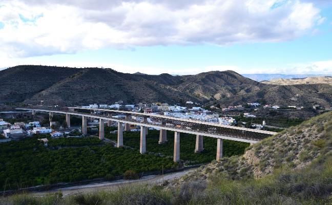 Ruta guiada a los paisajes del agua, en Santa Fe de Mondújar