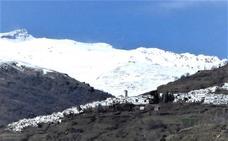 Entre la nieve y la montaña