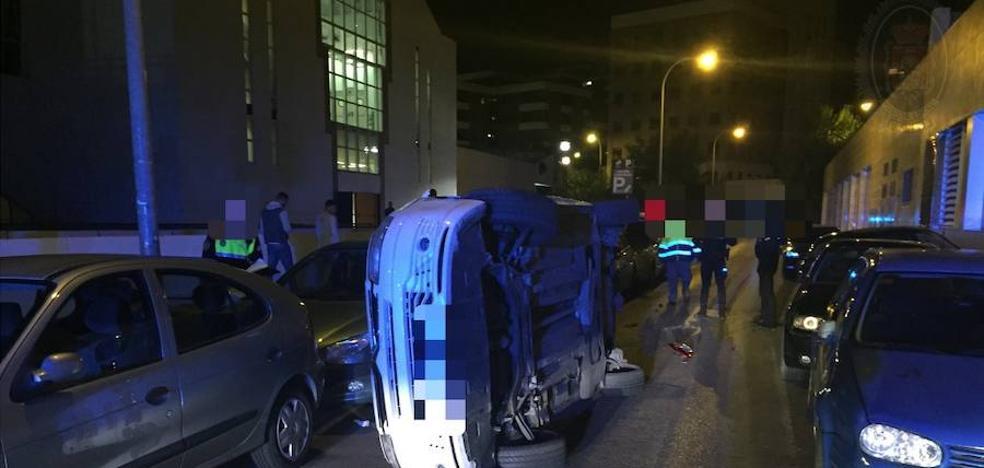 Las impactantes imágenes del accidente de un coche en Granada que impresionan en la Red