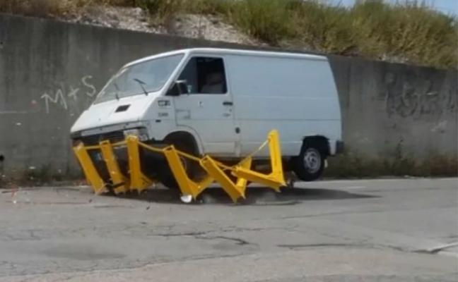 El Ayuntamiento estrena vallas anti 'vehículos asesinos' esta Semana Santa