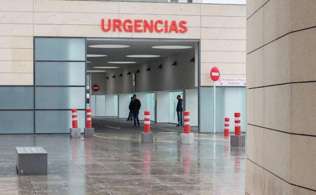 Continúa en la UCI la mujer herida por el disparo de un policía en Granada