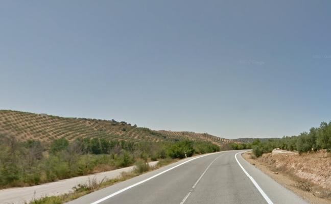 Muere un hombre de 58 años tras volcar su vehículo en Iznalloz