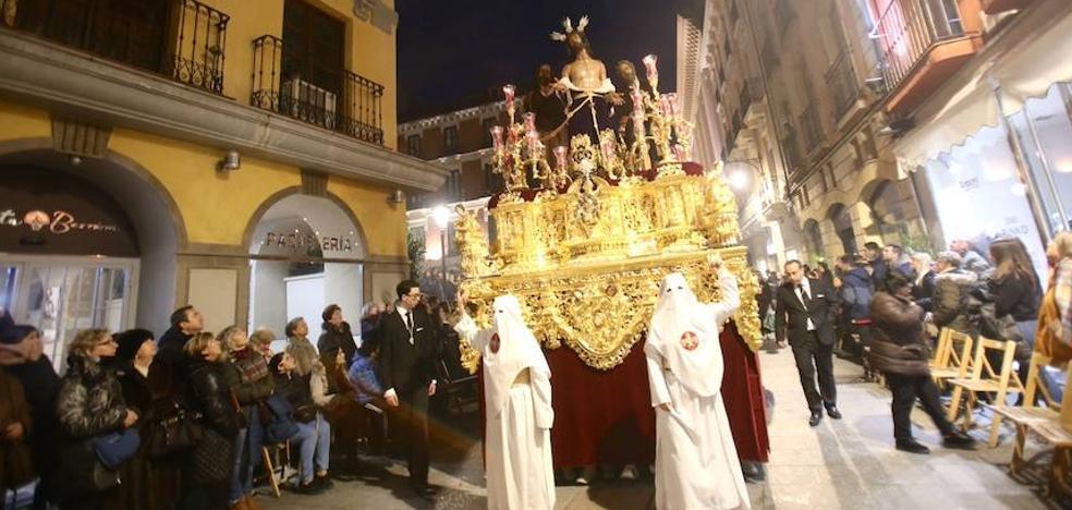 Santa Cena, Cautivo y Despojado salvan el Domingo de Ramos