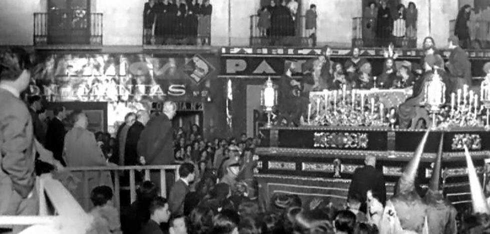 1940, la Semana Santa de Granada vuelve a la calle