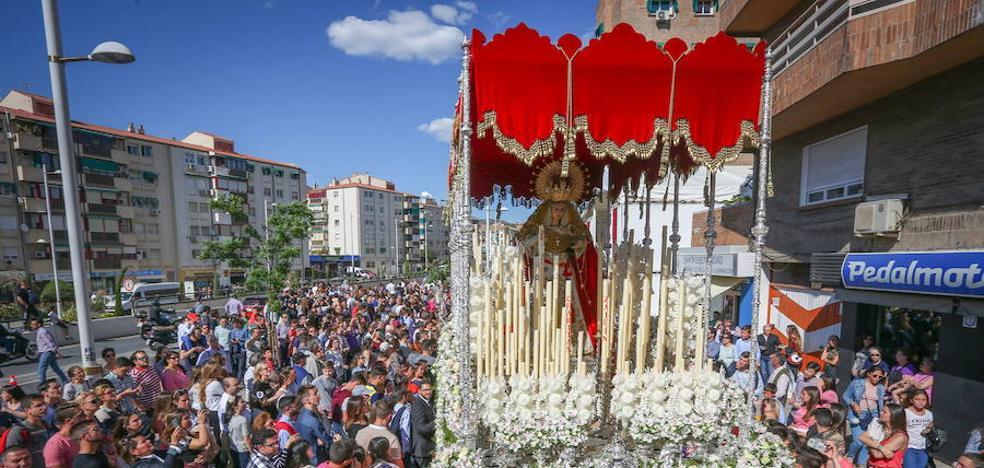 El Martes Santo trae sabor clásico a las cofradías de Granada