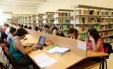 Las salas de estudio que abren esta Semana Santa en Granada: fechas y horario de cierre