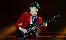 AC/DC recupera el casete
