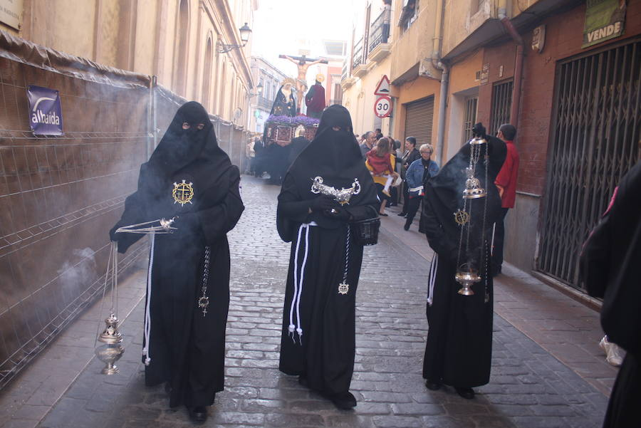 El Cristo del Mar procesiona por Almería